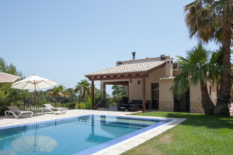 Casa rural el clavell vacaciones en valencia - Apartamentos con piscina en valencia ...